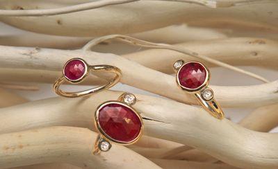 Aroc Urtu Ruby Rings