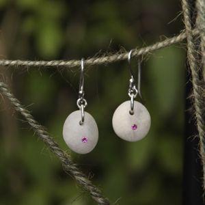 Aroc Urtu Beach Stone Earrings