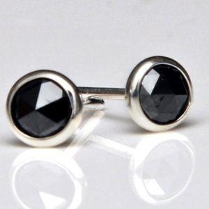 Aroc Urtu Black Diamond Stud Earrings