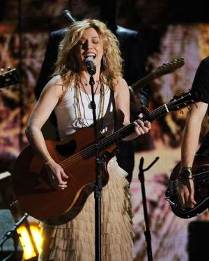 Kimberly Perry The Band Perry Grammy 2012