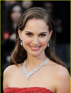 Natalie Portman 2012 Oscars Harry Winston