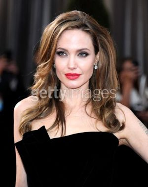 Angelina Jolie Neil Lane Oscars 2012