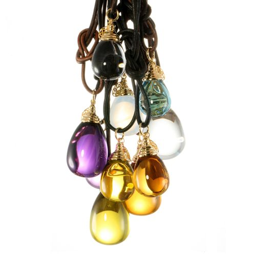 Syna mogul pendants