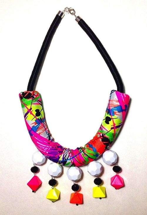 Shopbevel Carnaval Necklace