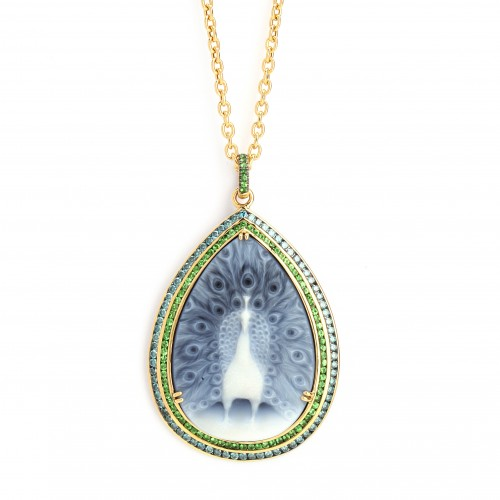 Jewelry Gift Ideas: Syna Mogul Peacock Pendant #HintingSeason